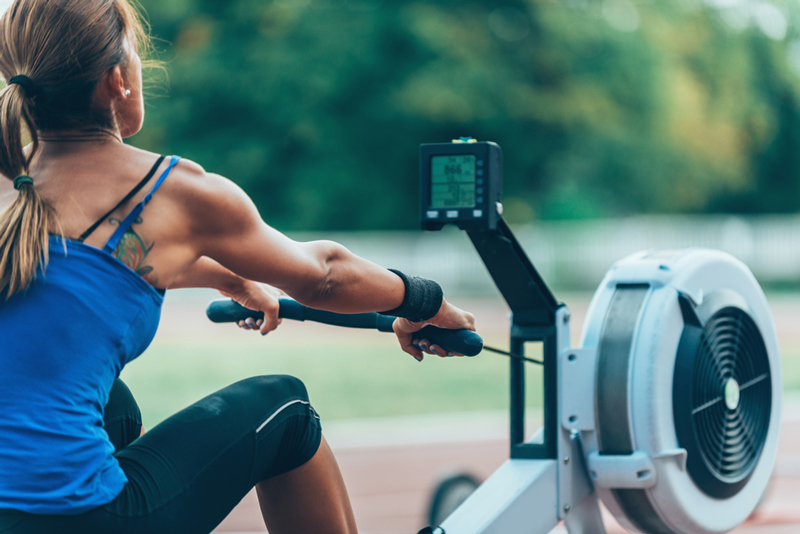 How to use a rowing machine with proper form
