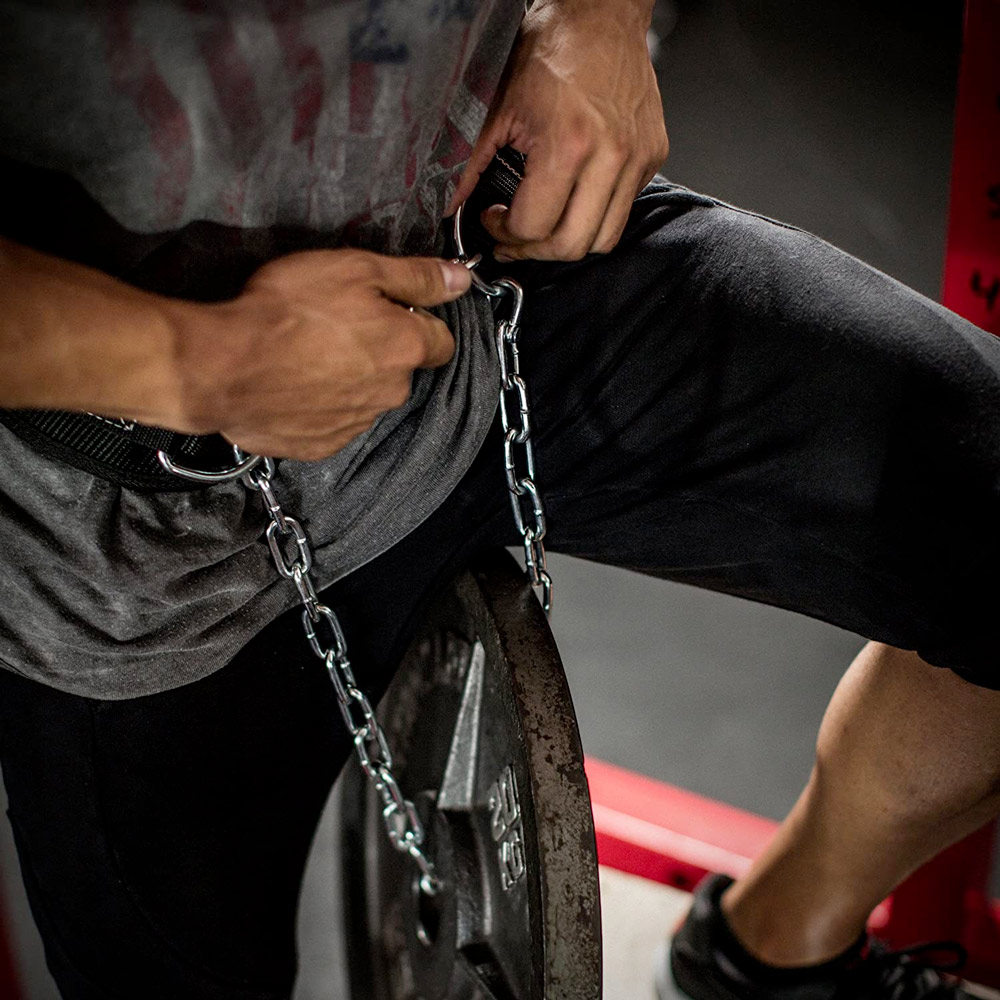 weightlifting dip belt with a chain for tricep dips